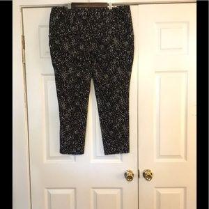 Ava& viv black & white pants size 18w 95% cotton.